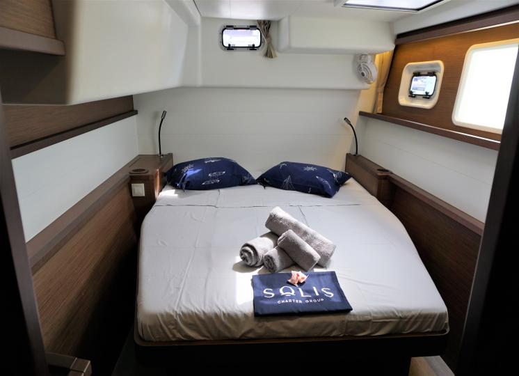 450 Aft Cabin.1